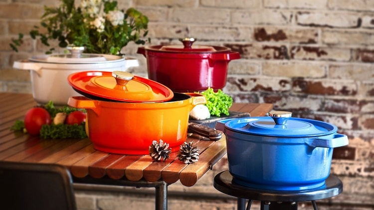 Top 5 Best Dutch Ovens for 2021 from Consumer Reviews