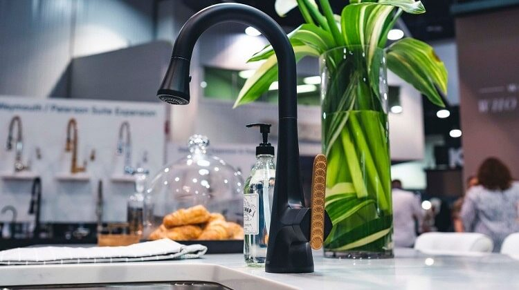 Top 10 Best Kitchen Faucets for 2021 from Consumer Reviews