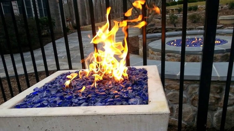 6 Best Outdoor Gas/ Propane Fire Pits for 2021 Reviews