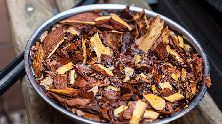 Soaking Wood Chips for Electric Smokers