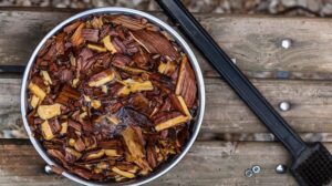 Soaking wood chips for electric smoker