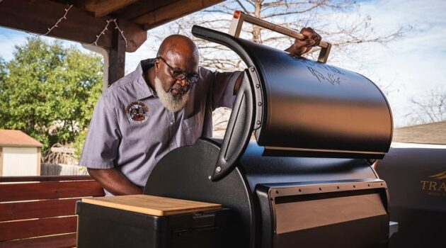 What is a Pellet Smoker