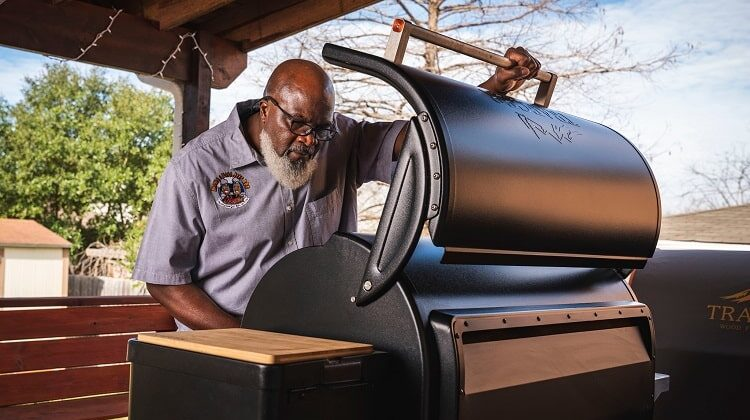 What is a Pellet Grill? How Does It Work?